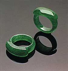 Jadeite saddle rings