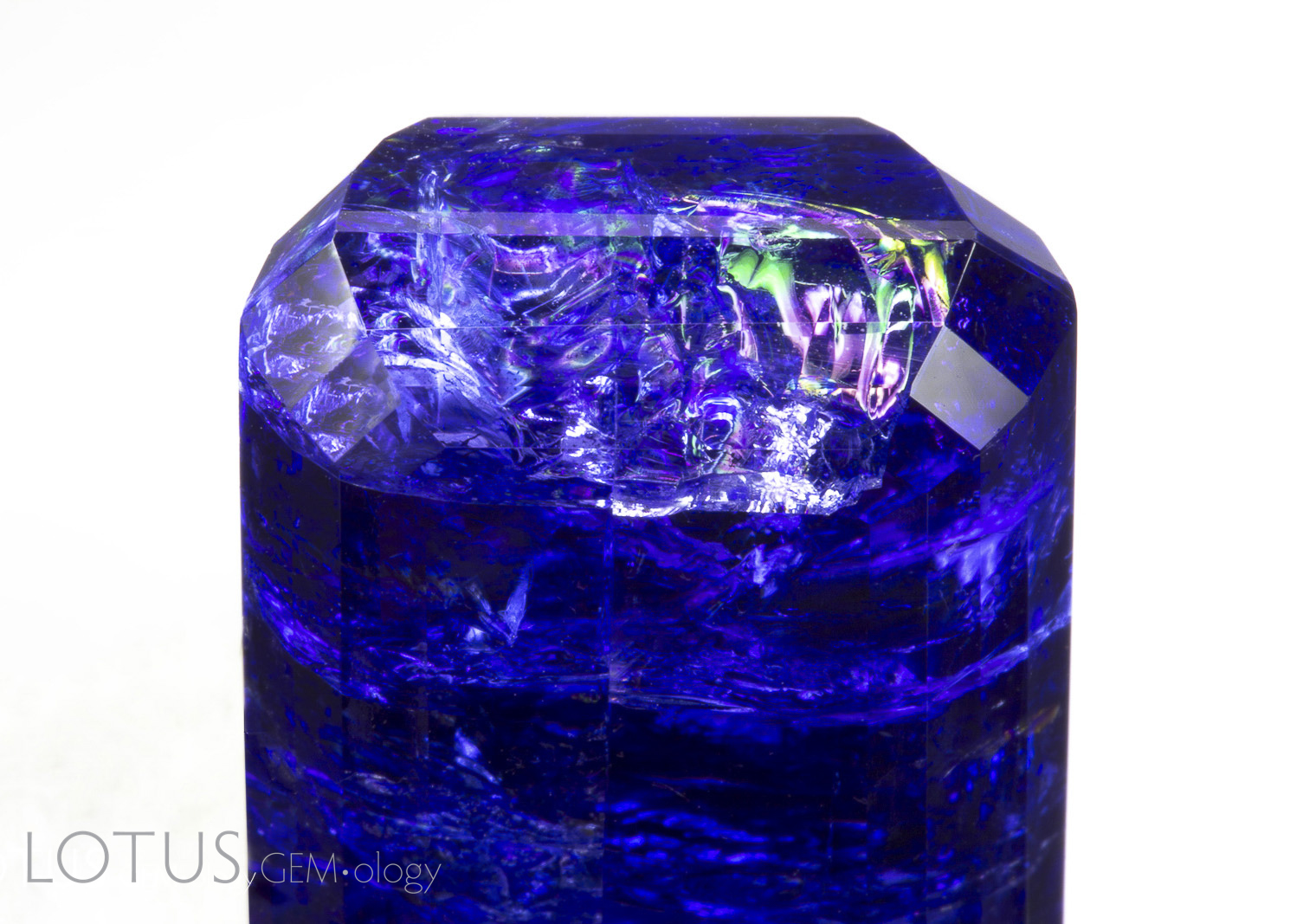 Tanzanite After Oil Removal Reflections web