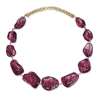The highest total price ever paid for spinel jewelry was for this Imperial Mughal necklace, which sold in 2011 for a princely US$5,214,348. Image © Christie's
